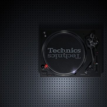 Technics SL-1200MK7 and SL-1210MK7